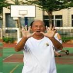 女孩练习篮球的命中率之上海网球培训图解分析